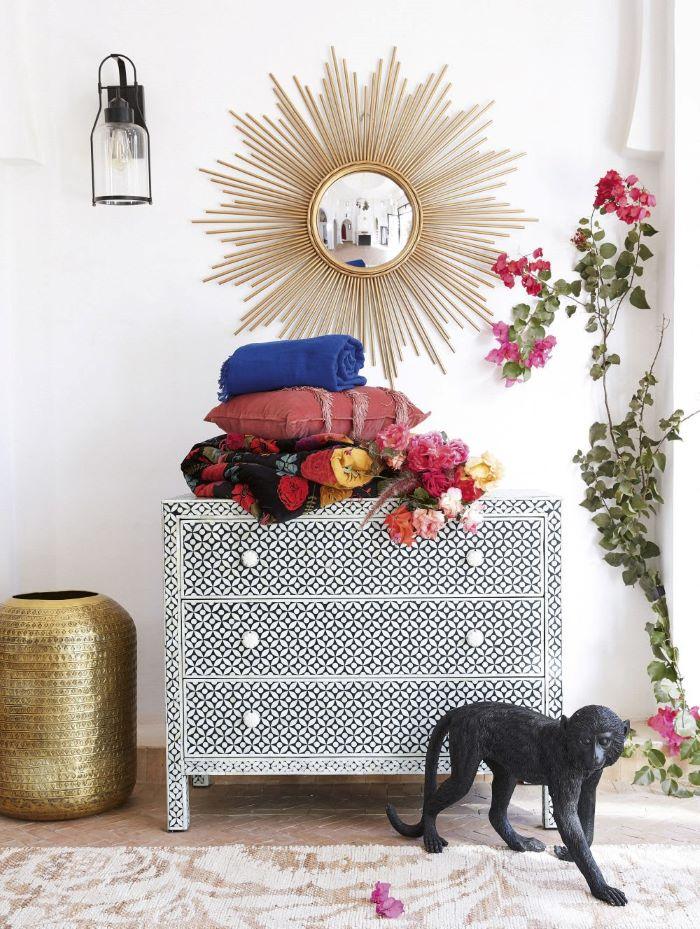 Cómoda de estilo exótico muy original para tu dormitorio