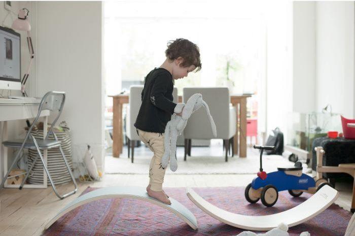 Tabla de equilibrio de madera para jugar con alegría